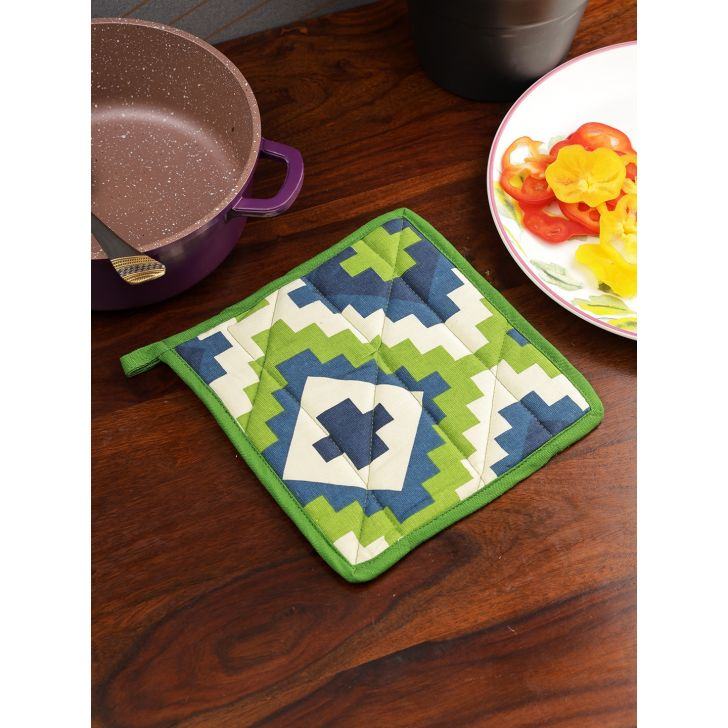 Swayam Cotton Pot Holder in Green Colour
