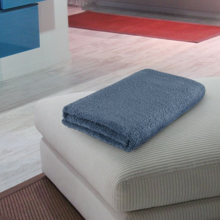 Fiesta Quickdry Cotton Bath Towels in Blue Colour by Living Essence