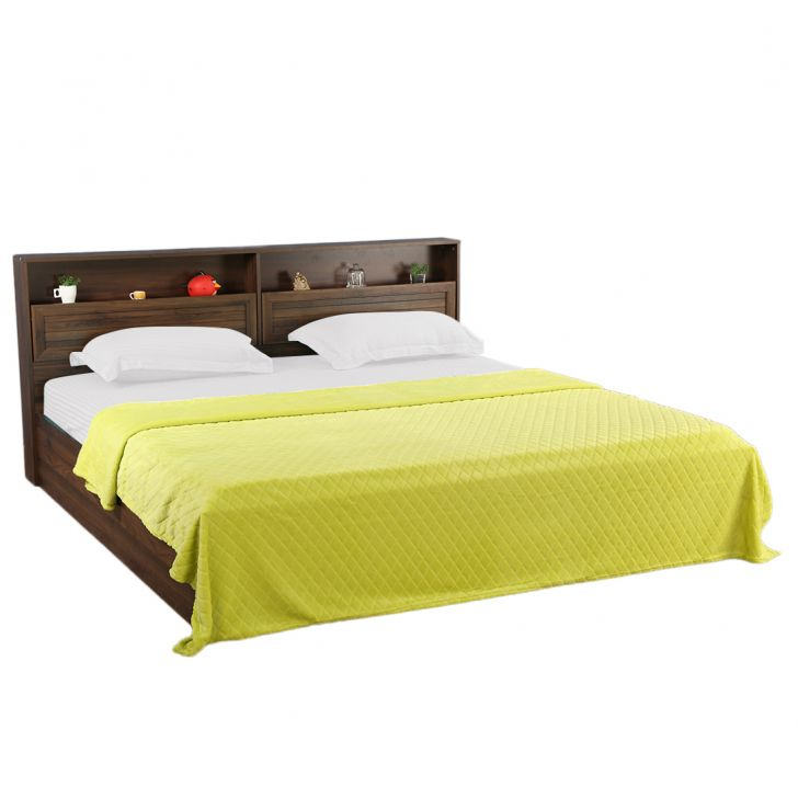 Fleece Blanket 240X220 Diamond Lime Polyester Blankets in Lime Colour by Living Essence