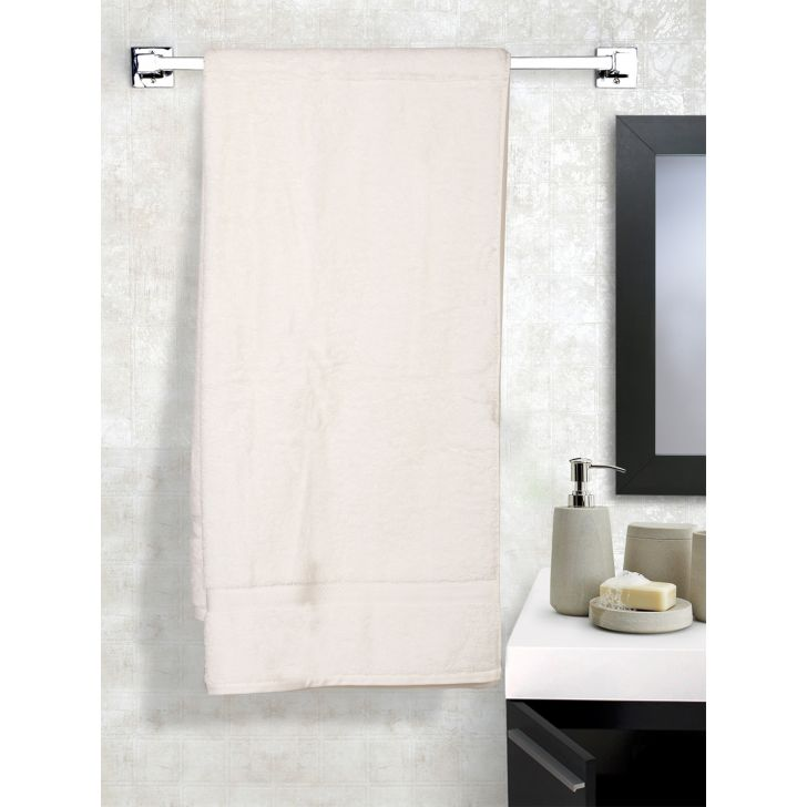 Solid PC Poly Blend Bath Towels in White Colour by Dreamline
