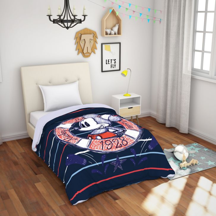 Spaces Disney Blue 180 Tc Cotton Single Comforter