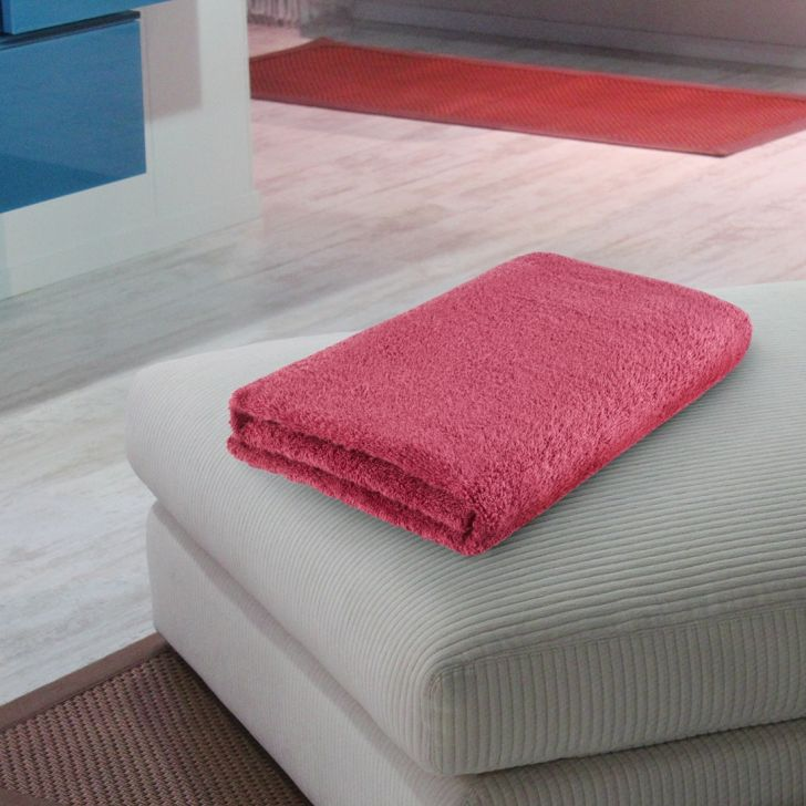 Fiesta Quickdry Cotton Bath Towels in Cherry Colour by Living Essence