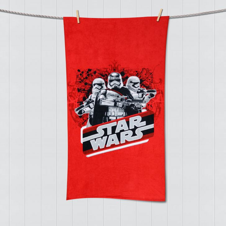 Spaces Starwars Lucasfilms Red Bath Towel Cotton Bath Towels in Red Colour by Spaces