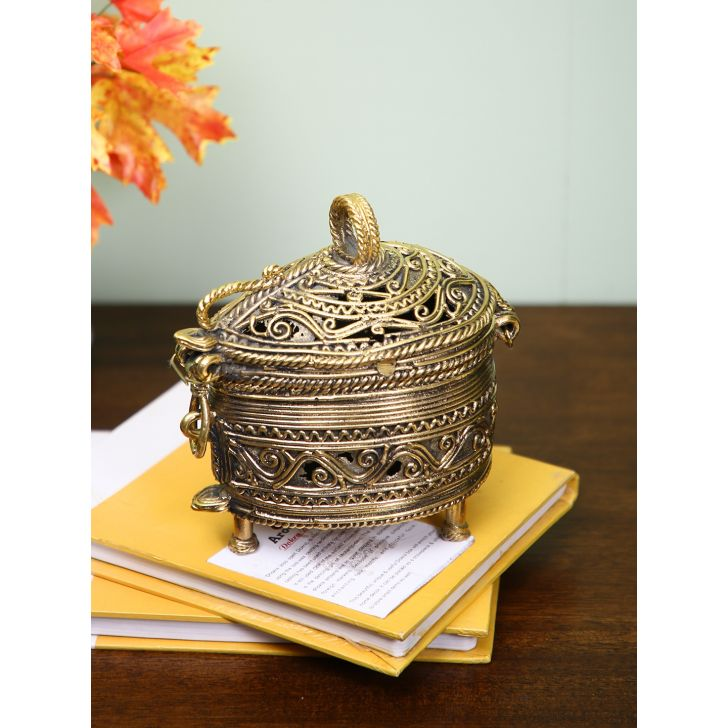 Arooti Tirth Dokra Brass Paan Box in Gold Colour