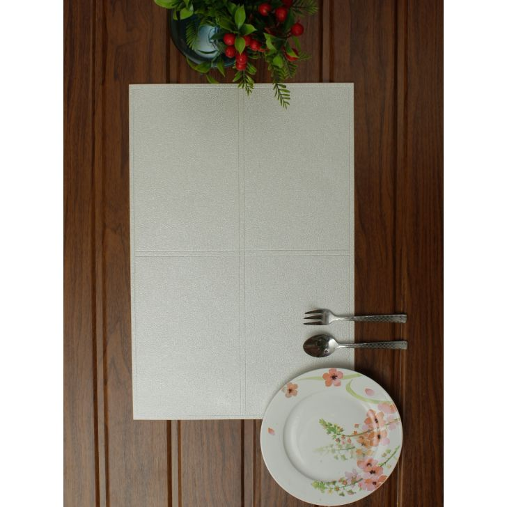Placemat PVC Table Mats in Offwhite Colour by Living Essence