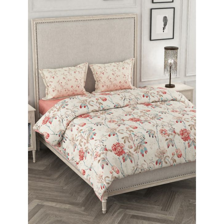 Portico New York Mix Don'T Match Super King Comforter Combo in Multicolor Color by Portico