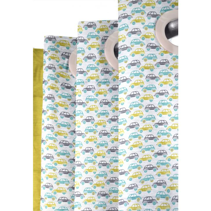 Play Green Car Polyester Window Curtain in Green Colour