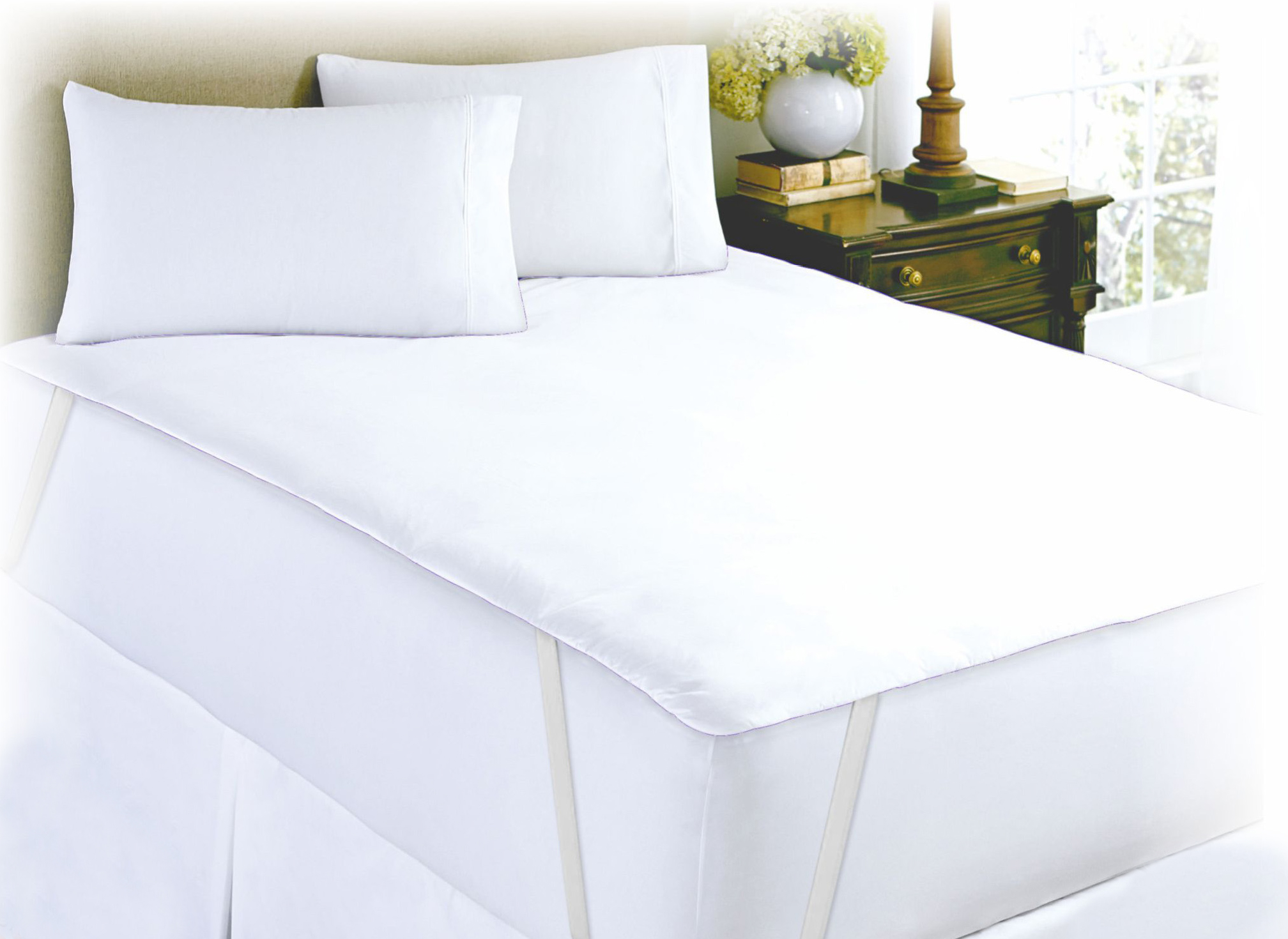 Mattress Protectors in White Colour by Spaces