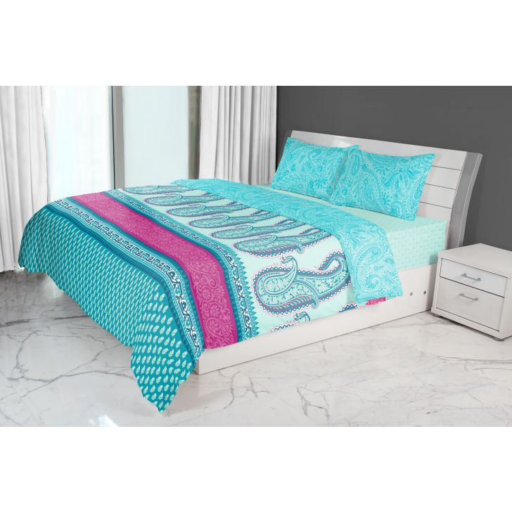 Emilia Double Comforter Turq Cotton Comforters in Turq Colour by Living Essence