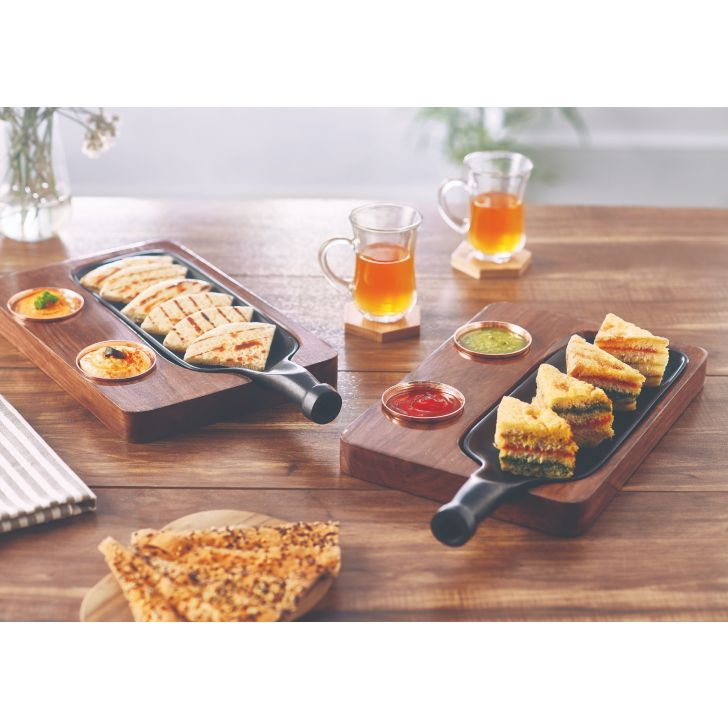 Songbird Bottle Appetizer Plater Serving Sets in Natural Wood And Black Colour by Songbird