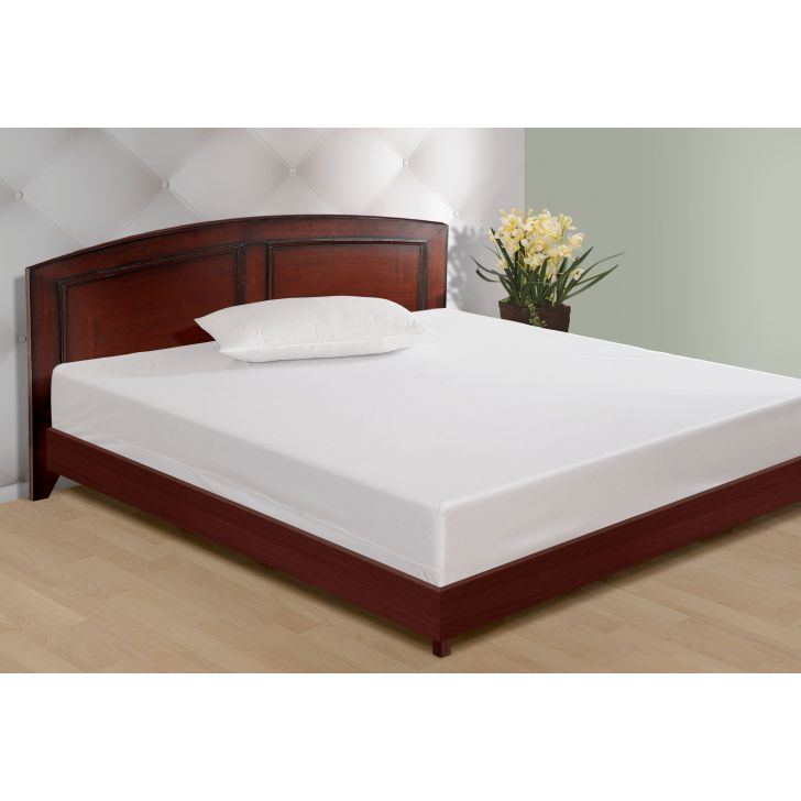 Solid Single Fitted Mattress Protector In Multicolor By Swayam
