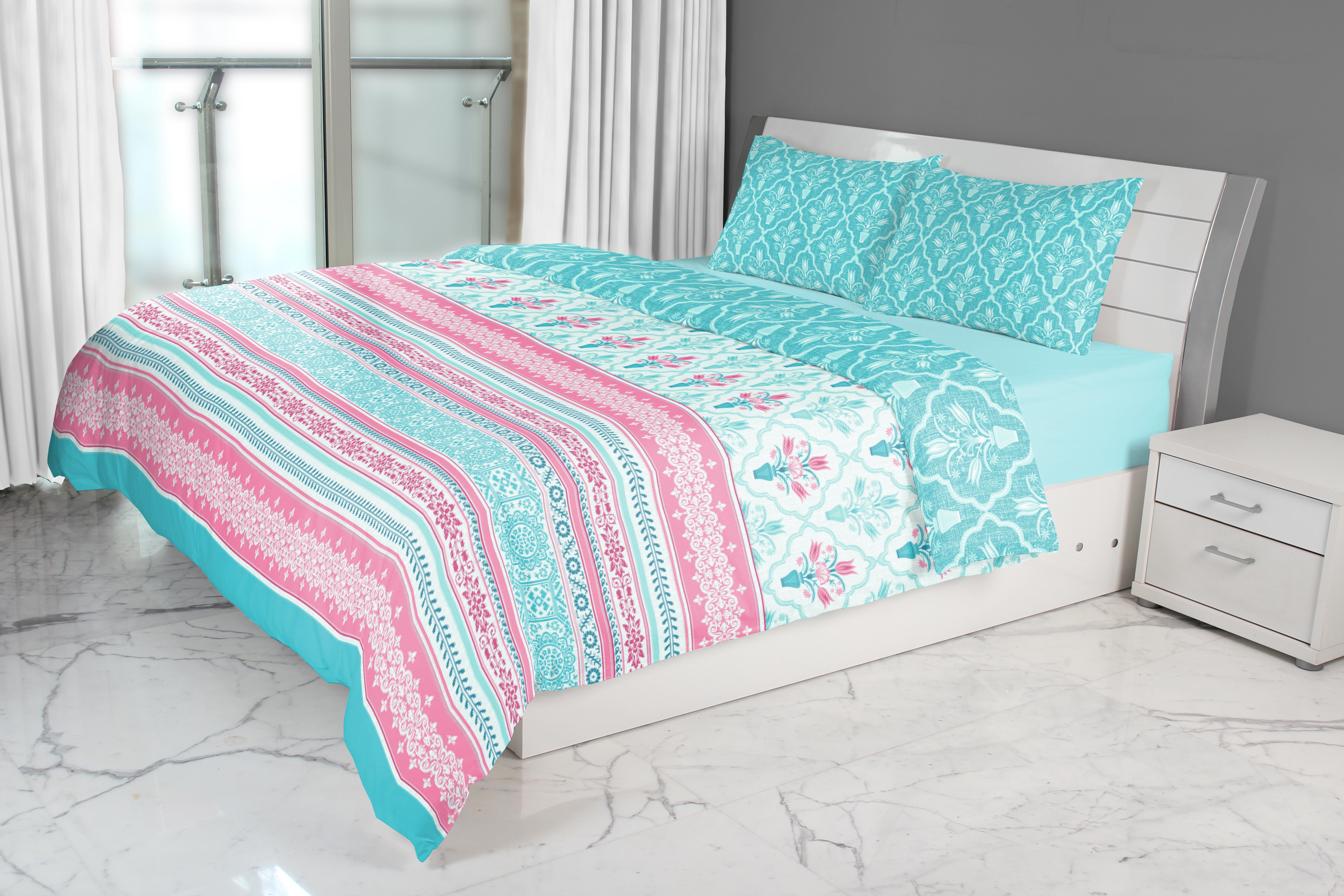 Emilia Double Comforter Turquoise Cotton Comforters in Turquoise Colour by Living Essence