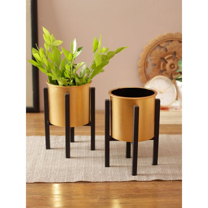 NEO Metal & Plastic Copper Black Planter
