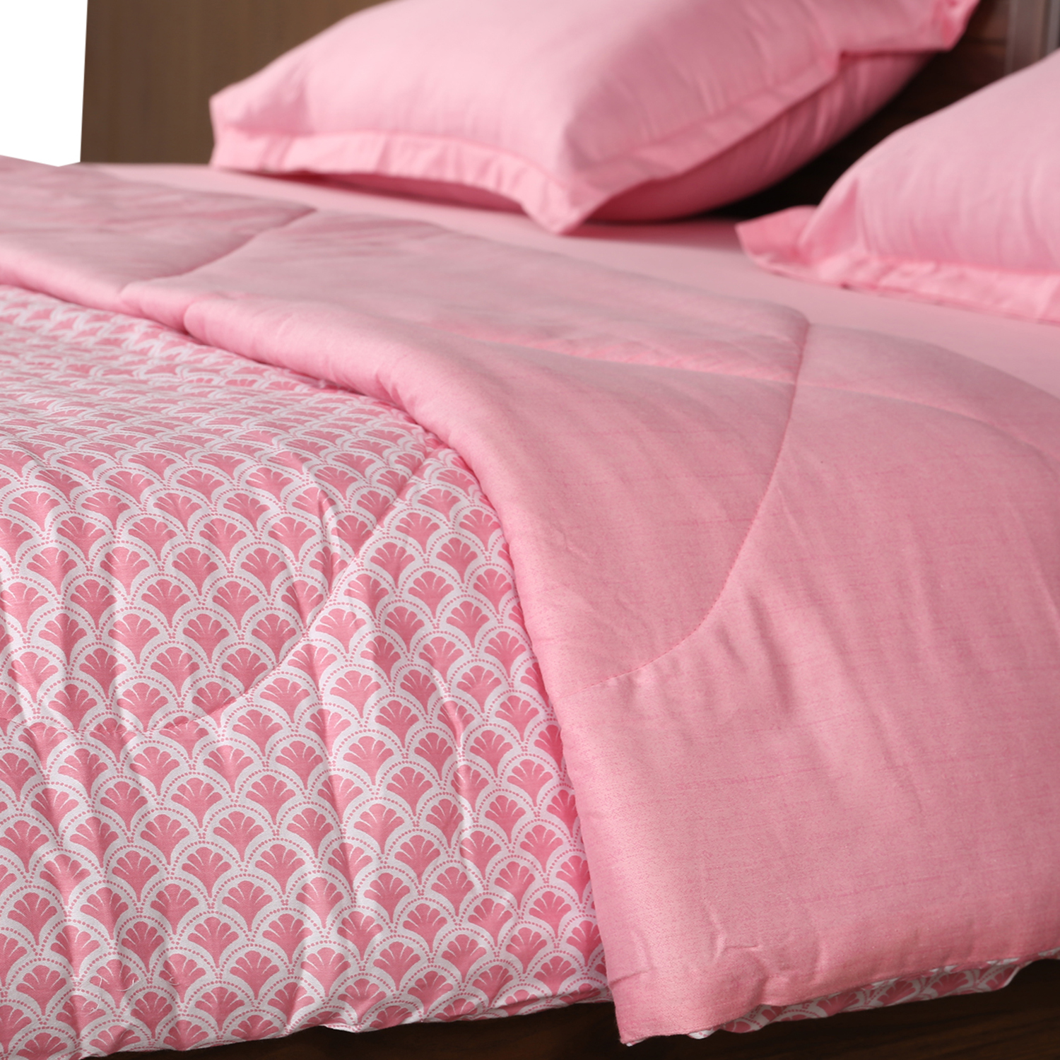 Amour Double Comforter Rose Cotton Comforters in Rose Colour by Living Essence