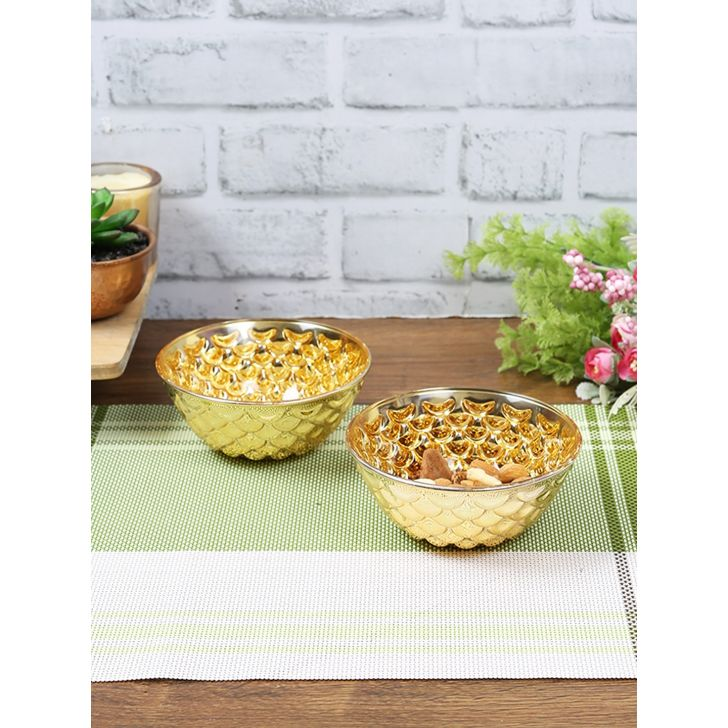 Sapphire Glass Snack Bowl Set of 2 in Gold Colour by Living Essence