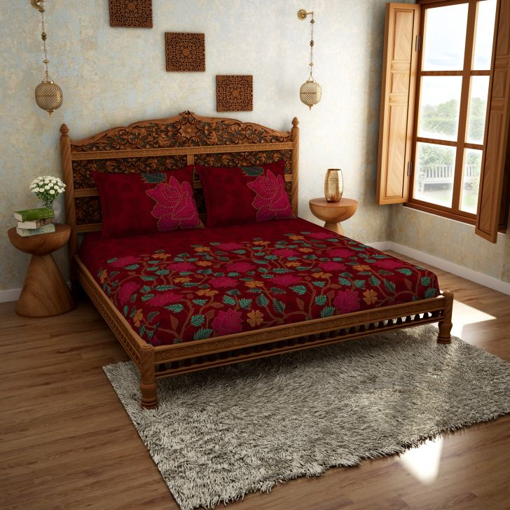 Spaces Rangana Red 210 Tc Cotton Printed Large Bed Sheet With 2 Pillow Covers