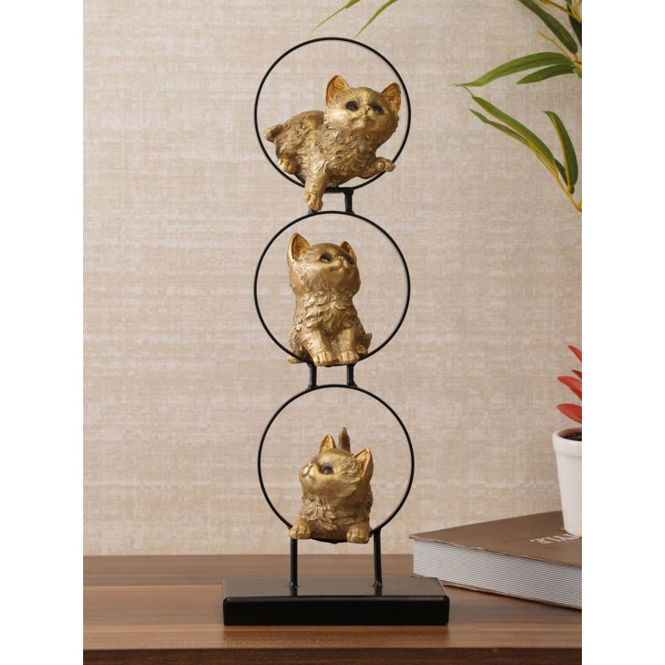 Miraya Polyresin Cats Figurine in Gold Colour