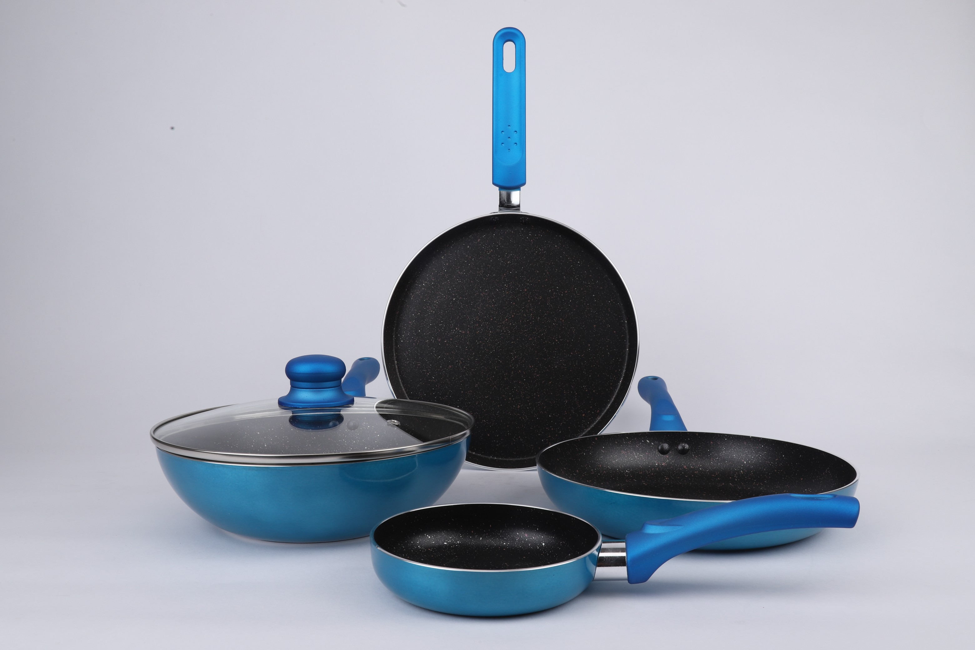 Vikas Khanna 5 pc Esprit cookware set Blue Stainless steel cookware sets in Blue Colour by Bergner
