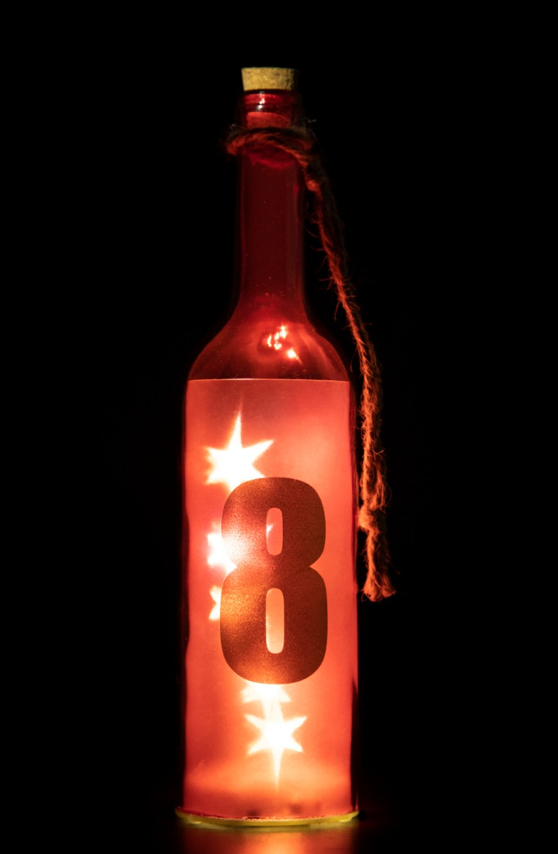 VENUS STAR NUM BTTL 8-RED Glass Accent Lighting in Red Colour by Living Essence