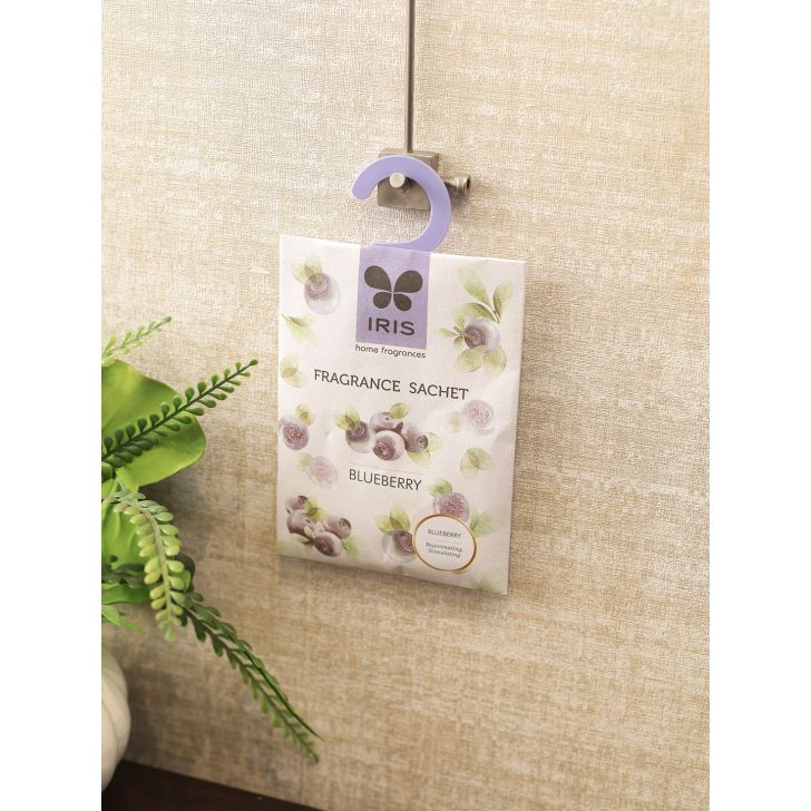 Fragrant Sachet Vermiculite Powder In Paper Bag In Blue Berry Colour By Iris