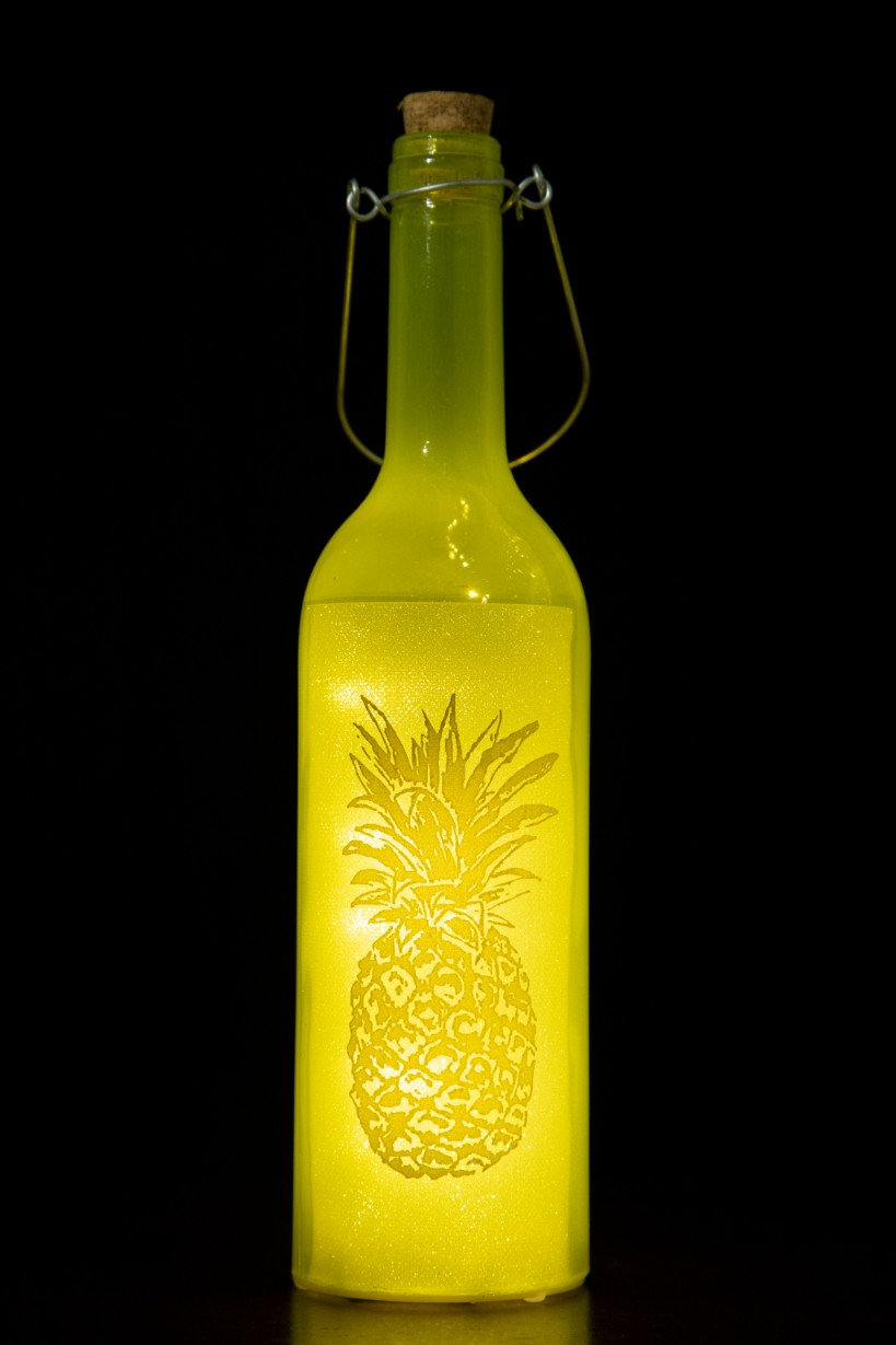 Glass Accent Lighting in Golden Colour by Living Essence