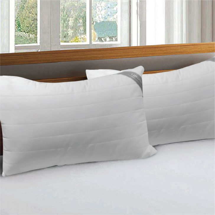 Luxuria Pillow 46X68 Cm in White Colour by Living Essence