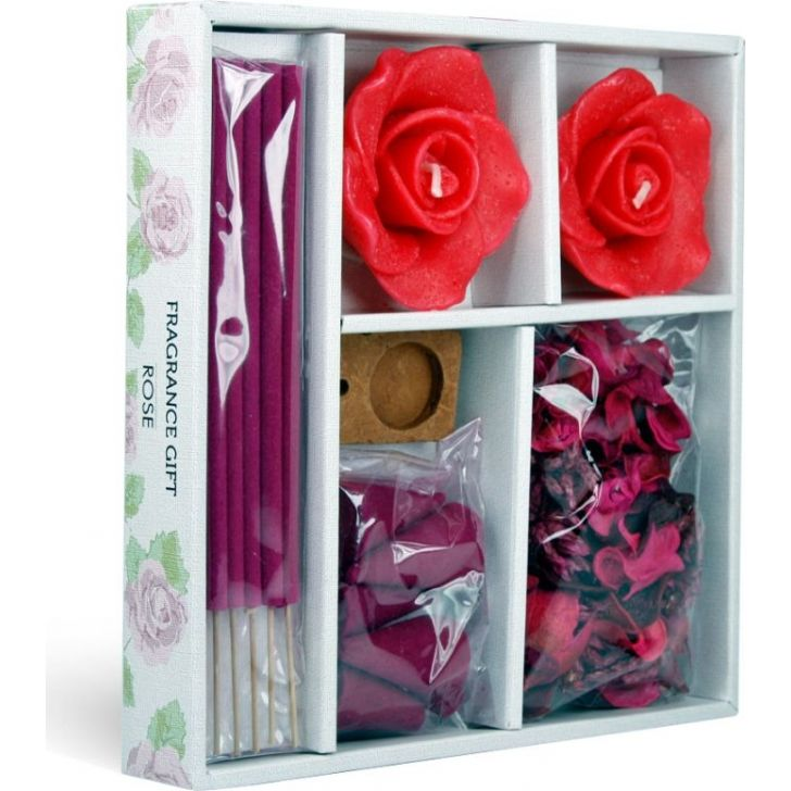 Gift Set Assorted In Decorative Box in Rose Colour by Iris