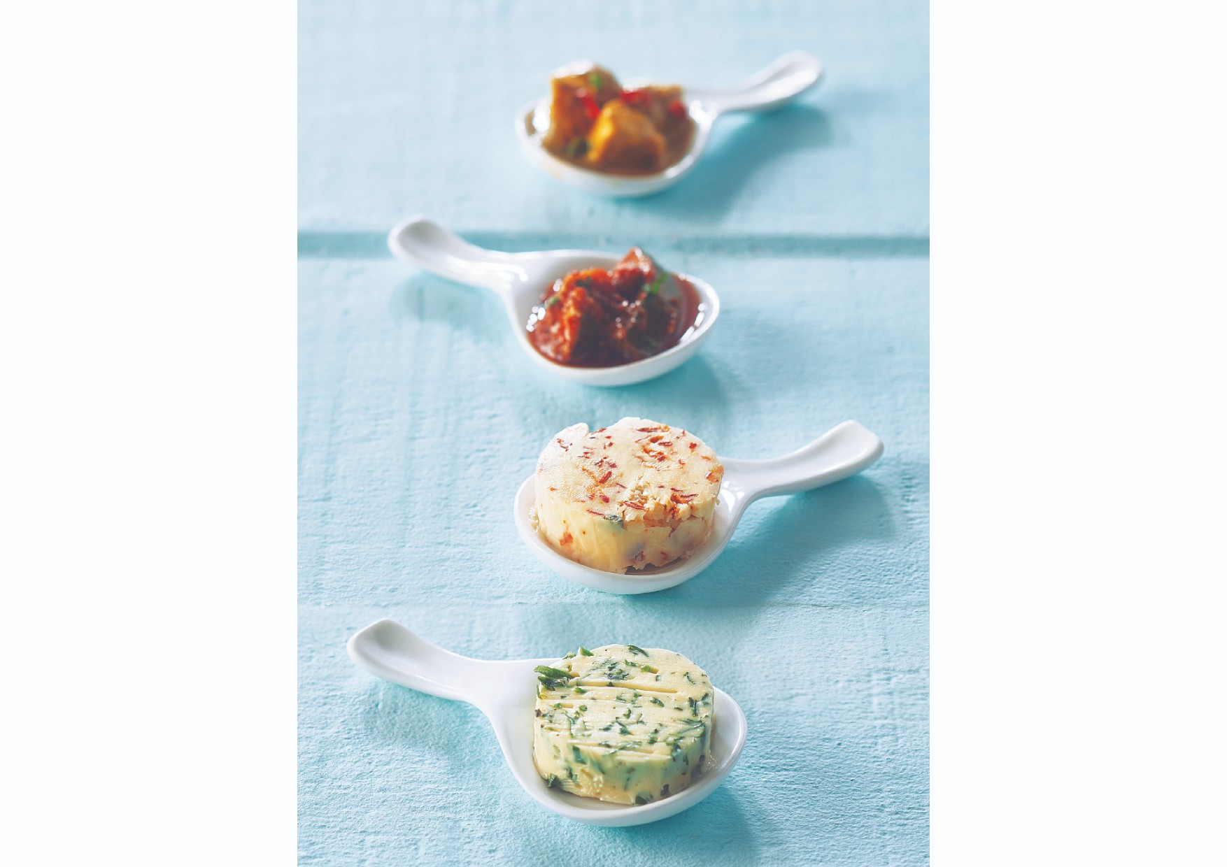 Spoon Dip Set Ceramic Spoons in White Colour by Songbird